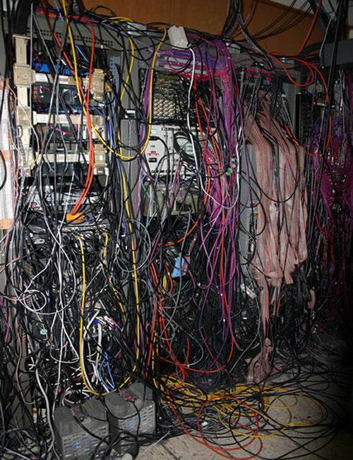 Najgorzej okablowane serwerownie - po wybuchu