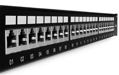 Patch panel 24-porty FTP6a PP24